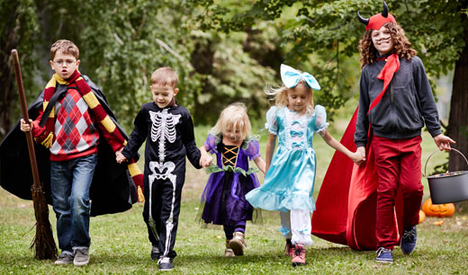 3 Reasons Old Town Auburn's the Best Place for Trick-or-Treating
